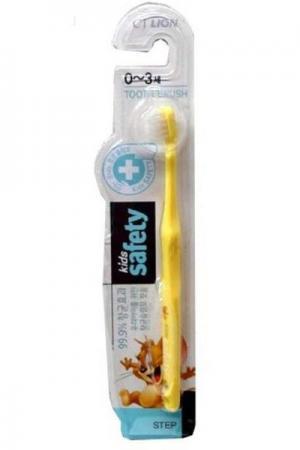 Зубная щетка CJ Lion Kids Safe от 0 до 3 лет cj lion зубная щетка детская kids safe с нано серебряным покрытием 3 с 7 лет