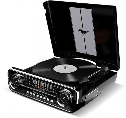 цена на Виниловый проигрыватель ION MUSTANG LP с радио