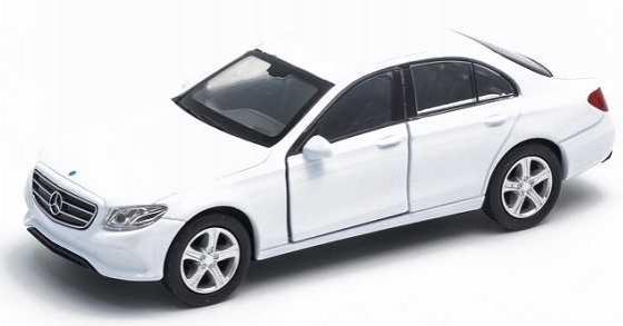 Автомобиль Welly Mercedes-Benz E-Class 1:38 белый 43703 welly mercedes benz m class 39872