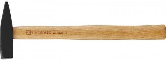 Молоток слесарный THORVIK WHH300 с деревянной рукояткой 300 гр складная пила truper 300 мм с деревянной рукояткой stp 12pl 18178