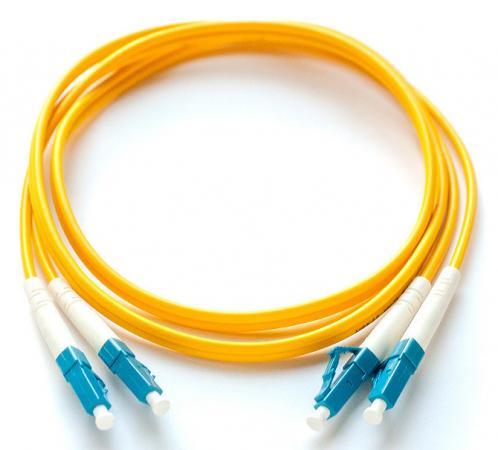 Кабель Патч-корд Lanmaster LAN-2LC-2LC/OM4-1.0 2x50/125 OM4 LC дуплекс-LC дуплекс 1м LSZH желтый кабель патч корд lanmaster lan 2lc 2lc om3 6 0 2x50 125 om3 lc дуплекс lc дуплекс 6м lszh гол