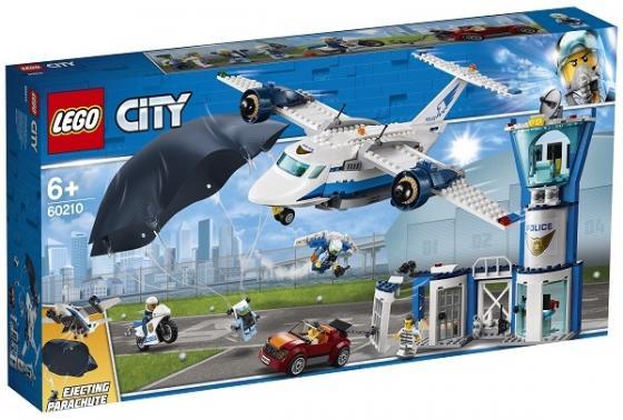 Конструктор LEGO Воздушная полиция: Авиабаза 529 элементов конструктор lego city police воздушная полиция патрульный самолет 60206