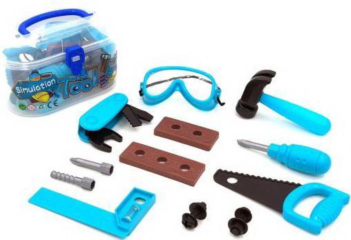 Набор инструментов, предметов 13 шт., чемоданчик, ЧИЖИК, Игровые наборы Юный мастер  - купить со скидкой