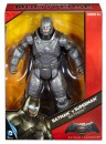 Фигурка Mattel Batman v Superman Бэтман DHY32/DJB303