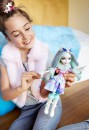 Кукла Ever After High Заколдованная зима - Кристал Винтер DKR675
